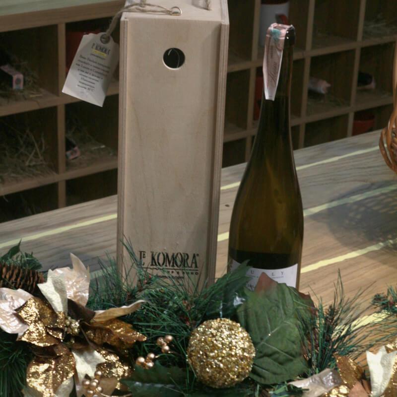 Подарункова оригінальна упаковка для вина