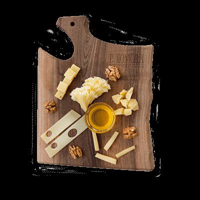 Вкусное сырное плато
